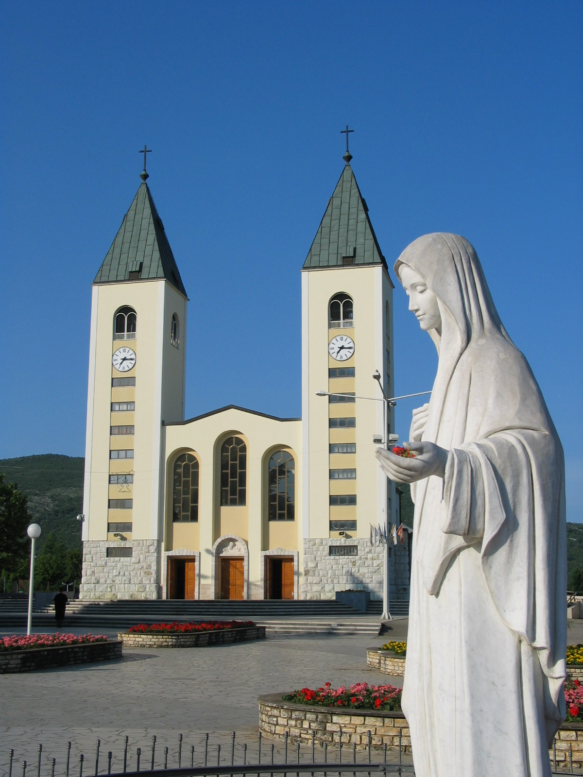 Pope Authorizes Pilgrimages to Medjugorje