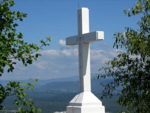 Cross-Mountain-The-Cross_05.24.10