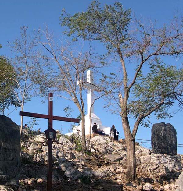 Cross Mountain Near the Top