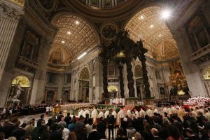 Pope-Francis-leads-the-Easter-Vigil 2017